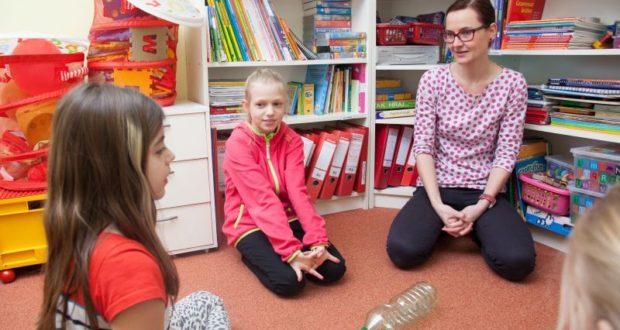 Angličtina na základce většinou za moc nestojí. Jak dítě opravdu naučit cizí jazyk?