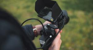 Jsou povinné kamery během online výuky zlo?